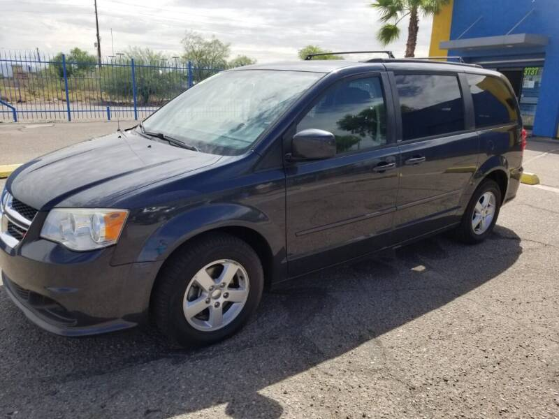 2013 Dodge Grand Caravan for sale at CAMEL MOTORS in Tucson AZ