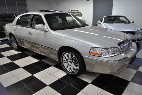 2005 Lincoln Town Car for sale at Podium Auto Sales Inc in Pompano Beach FL