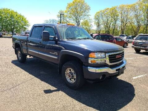 2007 GMC Sierra 2500HD Classic for sale at BETTER BUYS AUTO INC in East Windsor CT