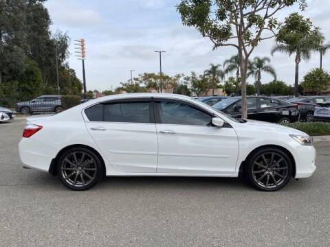 2015 Honda Accord for sale at SoCal Auto Experts in Culver City CA
