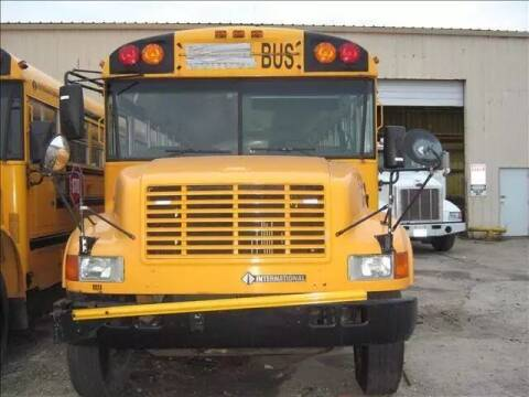 2000 International 3800 for sale at Interstate Bus Sales Inc. - INTERSTATE BUS SALES INC in Kingsville TX