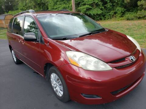 2010 Toyota Sienna for sale at Happy Days Auto Sales in Piedmont SC