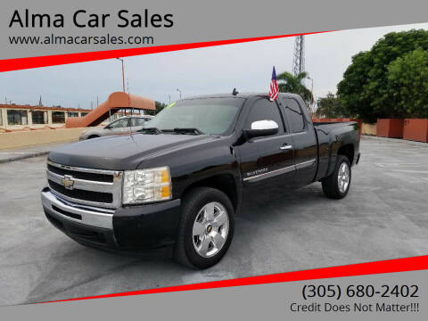 2009 Chevrolet Silverado 1500 for sale at Alma Car Sales in Miami FL