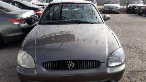 2001 Hyundai Sonata for sale at BBC Motors INC in Fenton MO