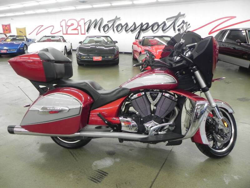 2012 Victory Cross Country for sale at 121 Motorsports in Mt. Zion IL