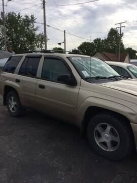 2006 Chevrolet TrailBlazer for sale at Mike Hunter Auto Sales in Terre Haute IN