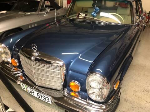 1971 Mercedes-Benz 280-Class SE 3.5 for sale at Berliner Classic Motorcars Inc in Dania Beach FL