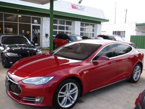 2013 Tesla Model S for sale at Auto Outlet Inc. in Houston TX