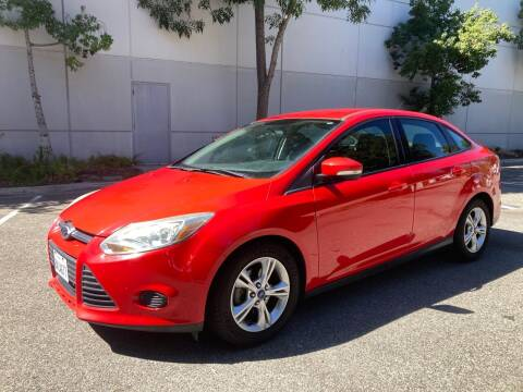 2013 Ford Focus for sale at Trade In Auto Sales in Van Nuys CA