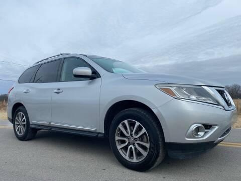 2013 Nissan Pathfinder for sale at ILUVCHEAPCARS.COM in Tulsa OK