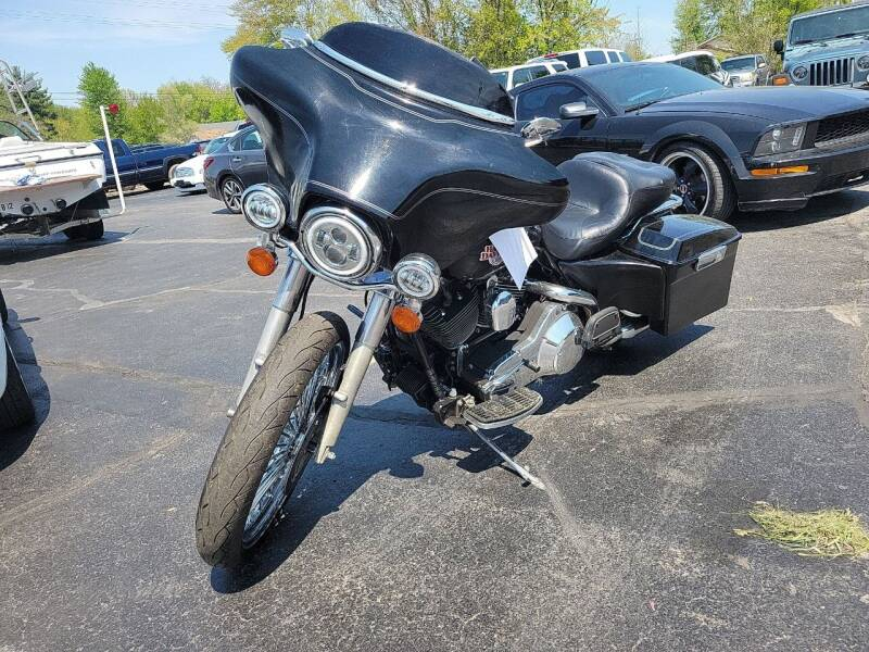 Harley-Davidson Electra Glide for sale at Cruisin' Auto Sales in Madison IN