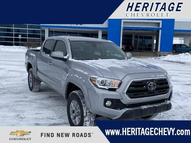 2018 Toyota Tacoma for sale at HERITAGE CHEVROLET INC in Creek MI