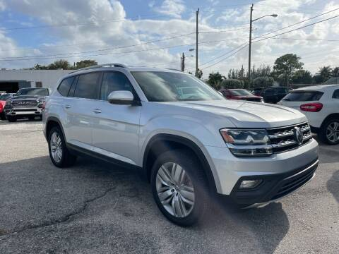 2019 Volkswagen Atlas for sale at DELRAY AUTO MALL in Delray Beach FL