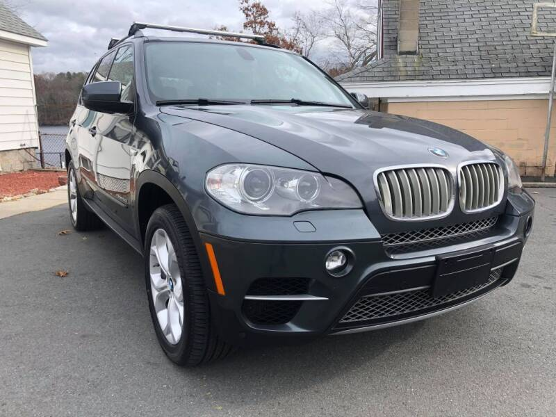 2012 BMW X5 for sale at Dracut's Car Connection in Methuen MA