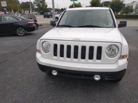 2016 Jeep Patriot for sale at Dad's Auto Sales in Newport News VA