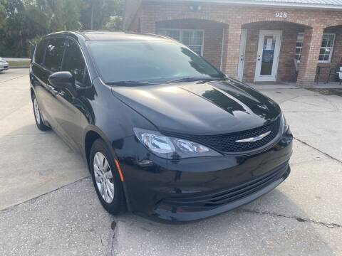 2018 Chrysler Pacifica for sale at MITCHELL AUTO ACQUISITION INC. in Edgewater FL