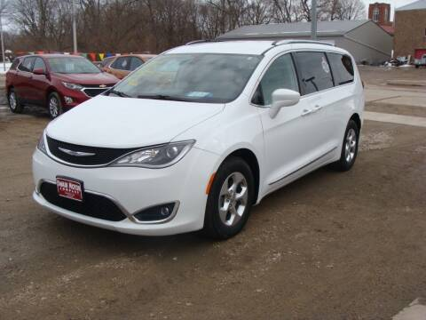 2017 Chrysler Pacifica for sale at Swain Motor Company in Cherokee IA