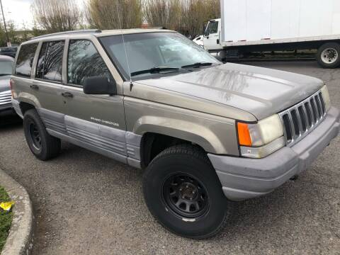 1996 Jeep Grand Cherokee for sale at Blue Line Auto Group in Portland OR