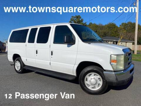 2009 Ford E-Series Wagon for sale at Town Square Motors in Lawrenceville GA