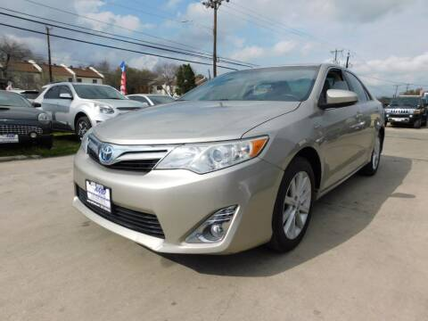 2014 Toyota Camry Hybrid for sale at AMD AUTO in San Antonio TX