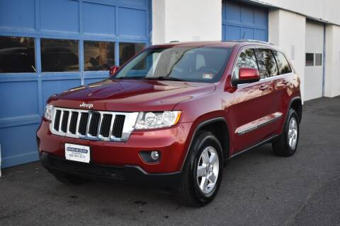 2011 Jeep Grand Cherokee for sale at IdealCarsUSA.com in East Windsor NJ