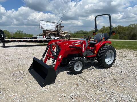 2014 Massey Ferguson 1529 4WD Tractor for sale at Ken's Auto Sales & Repairs in New Bloomfield MO