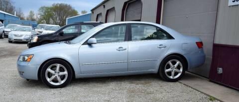2007 Hyundai Sonata for sale at PINNACLE ROAD AUTOMOTIVE LLC in Moraine OH