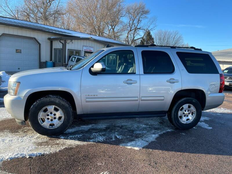 2011 Chevrolet Tahoe for sale at RIVERSIDE AUTO SALES in Sioux City IA