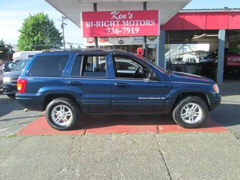 2000 Jeep Grand Cherokee for sale at Bi Right Motors in Centralia WA