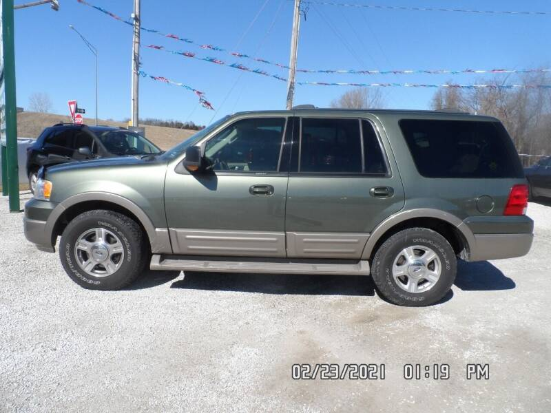 2004 Ford Expedition for sale at Town and Country Motors in Warsaw MO