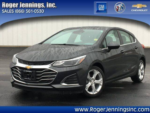 2019 Chevrolet Cruze for sale at ROGER JENNINGS INC in Hillsboro IL