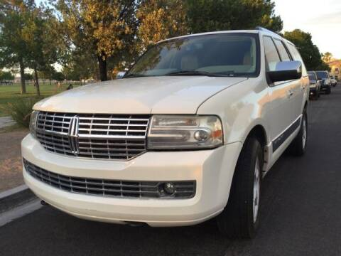 2007 Lincoln Navigator for sale at Del Sol Auto Sales in Las Vegas NV