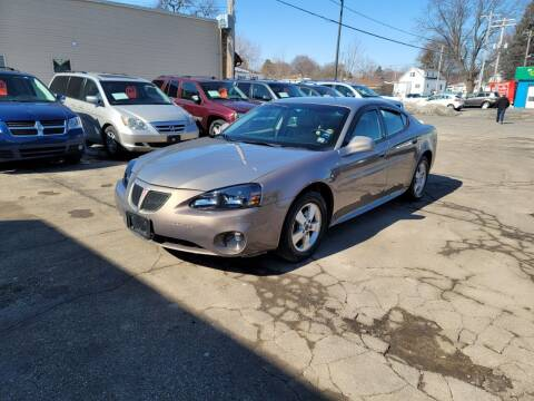 2006 Pontiac Grand Prix for sale at MOE MOTORS LLC in South Milwaukee WI