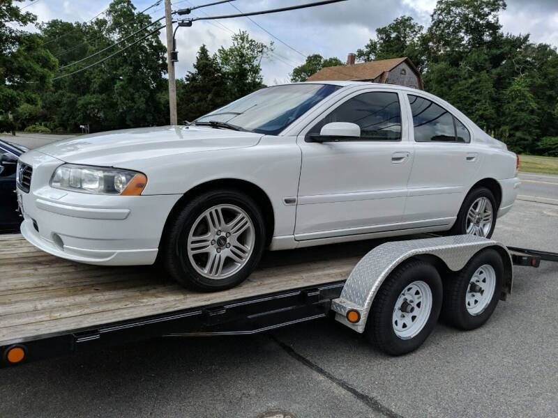 2005 Volvo S60 for sale at MY USED VOLVO in Lakeville MA