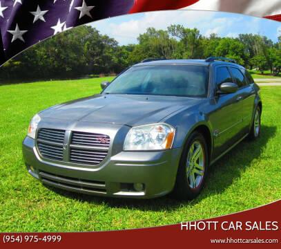2005 Dodge Magnum for sale at HHOTT CAR SALES in Deerfield Beach FL