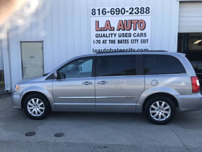 2016 Chrysler Town and Country for sale at LA AUTO in Bates City MO