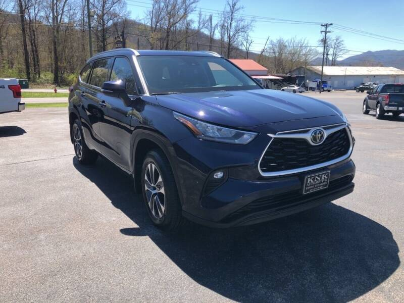 2020 Toyota Highlander for sale at KNK AUTOMOTIVE in Erwin TN