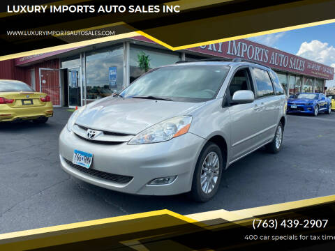 2007 Toyota Sienna for sale at LUXURY IMPORTS AUTO SALES INC in North Branch MN