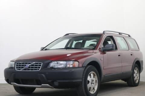 2003 Volvo XC70 for sale at Clawson Auto Sales in Clawson MI