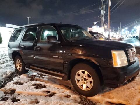 2004 Cadillac Escalade for sale at Reyes Automotive Group in Lakewood NJ
