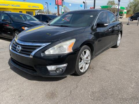 2014 Nissan Altima for sale at New Wave Auto Brokers & Sales in Denver CO