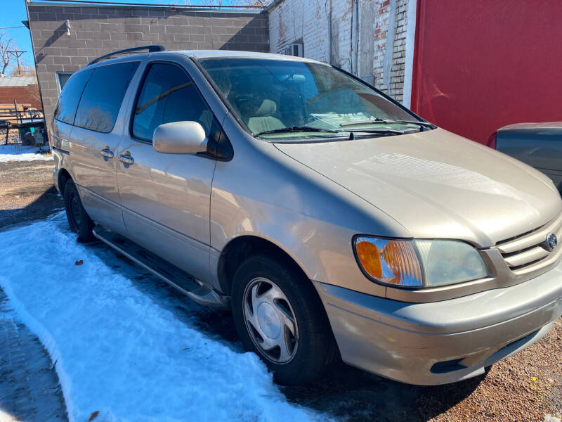 2002 Toyota Sienna for sale at PYRAMID MOTORS AUTO SALES in Florence CO