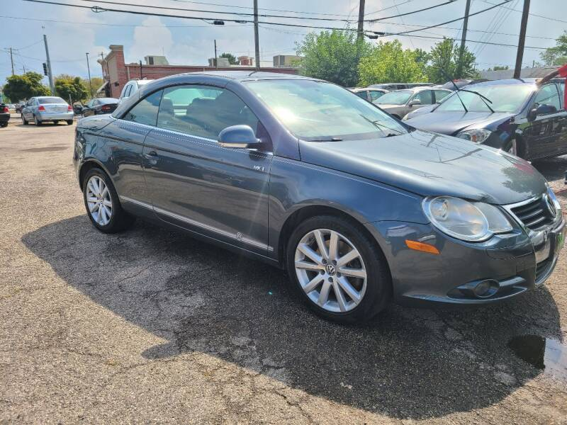 2008 Volkswagen Eos for sale at Johnny's Motor Cars in Toledo OH