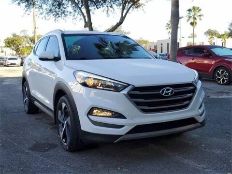 2017 Hyundai Tucson for sale at Selecauto LLC in Miami FL