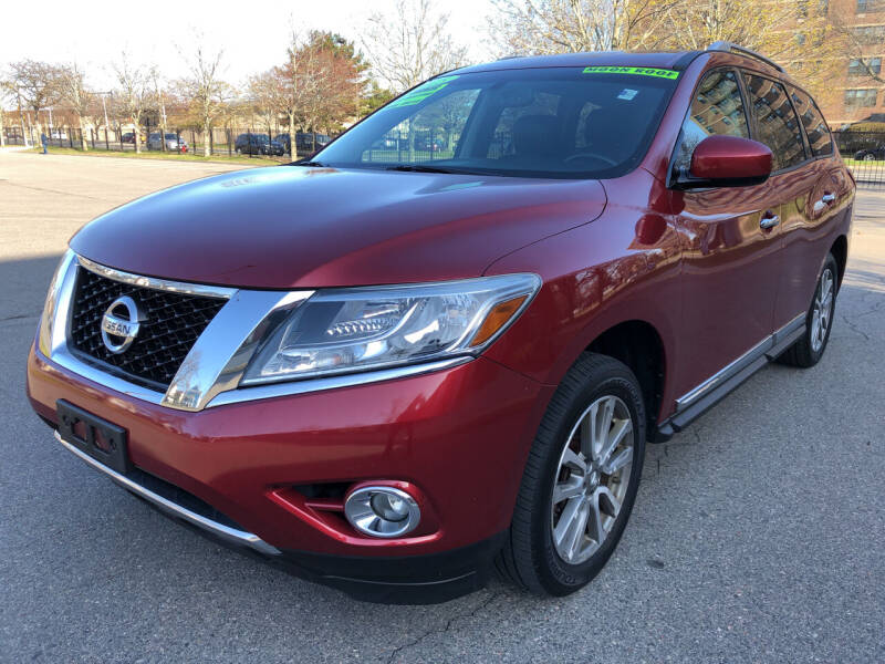 2013 Nissan Pathfinder for sale at Commercial Street Auto Sales in Lynn MA