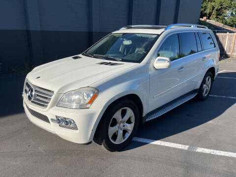 2010 Mercedes-Benz GL-Class for sale at APX Auto Brokers in Lynnwood WA