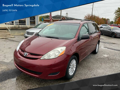2007 Toyota Sienna for sale at Bagwell Motors Springdale in Springdale AR