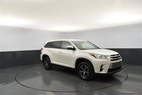 2019 Toyota Highlander for sale at Tim Short Auto Mall 2 in Corbin KY
