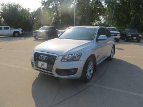 2011 Audi Q5 for sale at Aztec Motors in Des Moines IA