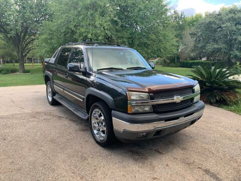 2005 Chevrolet Avalanche for sale at CARWIN MOTORS in Katy TX